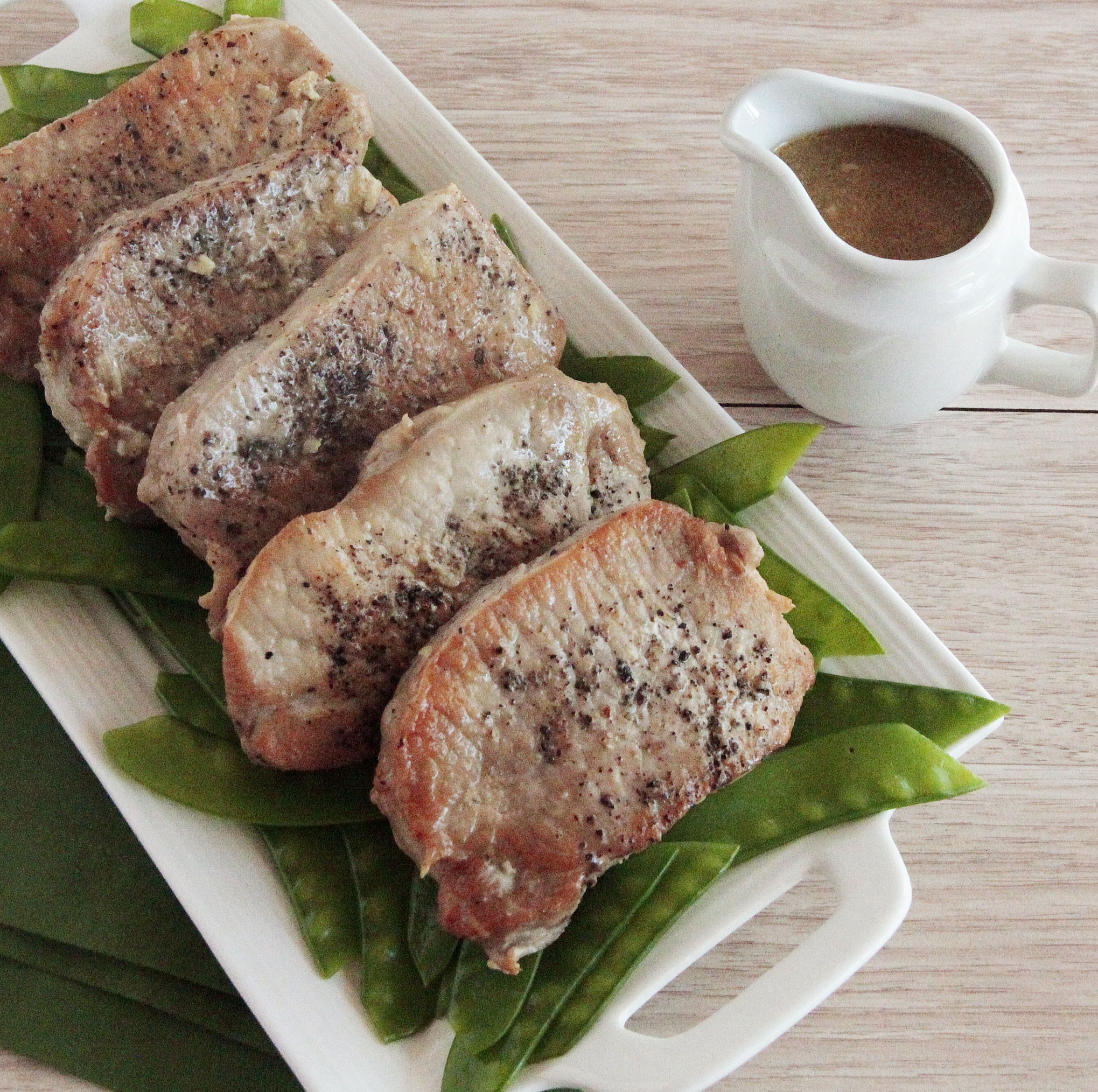 Pork Chops With A Creamy Garlic Sauce Recipes Instantpot Com