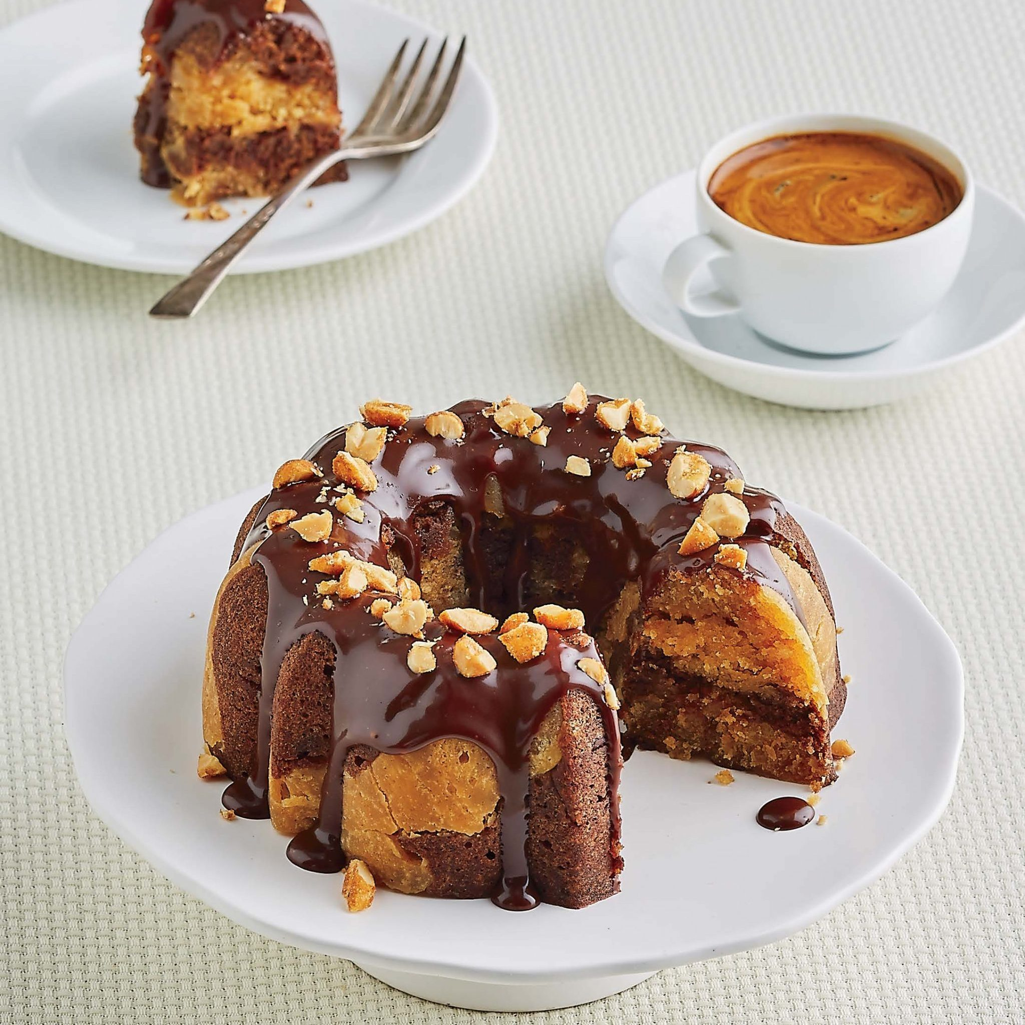 Peanut Butter-Chocolate Bundt Cake