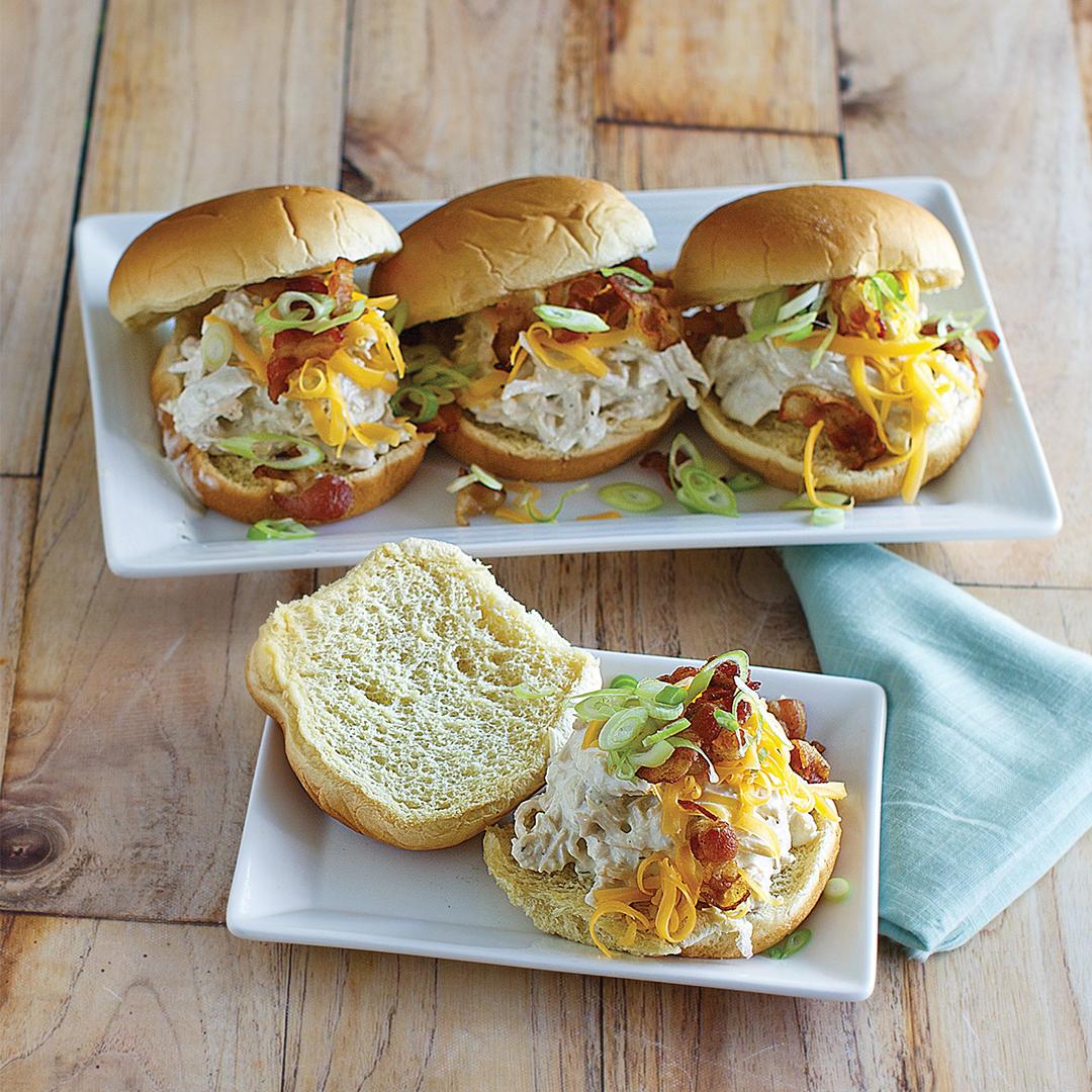 instant pot bacon ranch chicken sandwiches, instant pot chicken, instant pot sandwich