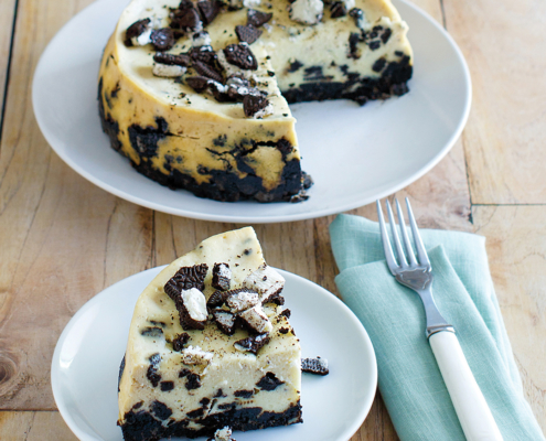 instant pot cheesecake, instant pot cookies and cream cheesecake