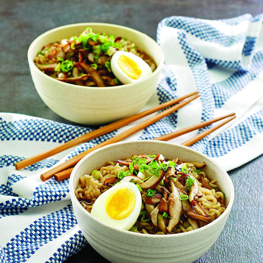 instant pot soup, pressure cooker recipes, ramen noodle soup